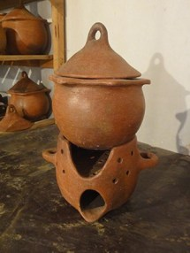 Assia-pottery-healthy-pottery-2_041213.jpg.ashx