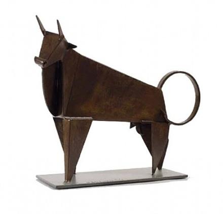 hussein-madi-brown-bull