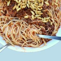 spaghetti lebanese 200