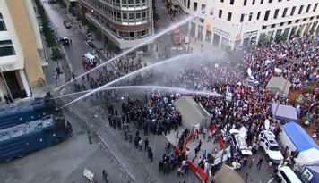 Video & Pics: Beirut Trash Crisis Clashes Injure 110