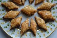 Baklawa-Bernadaud-plate-large-POST