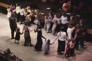 Gala_Audience_Dabke_Dancing