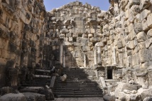 niha_great_temple_cella4-1