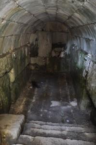 niha_great_temple_cellar_1_3