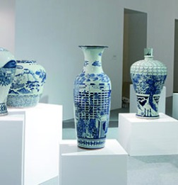 raed_yassin_china_2012_7_porcelain_vases
